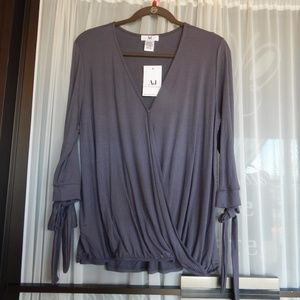 Amelia James Sedona ¾ Sleeve Gray Wrap Blouse